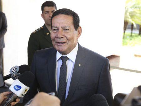 Mourão: 'vamos recuperar a fiscalização para combater o desmatamento na Amazônia'