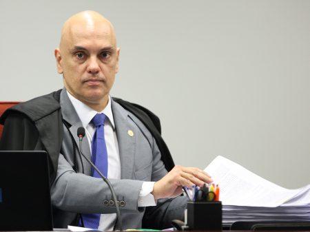 Moraes determina bloqueio das contas de milicianos digitais também no exterior