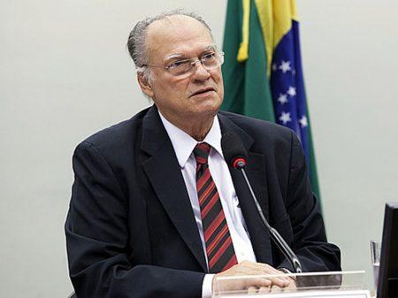 'Descaso e desmantelo de Bolsonaro com a pandemia e o meio ambiente continuam', alerta Freire