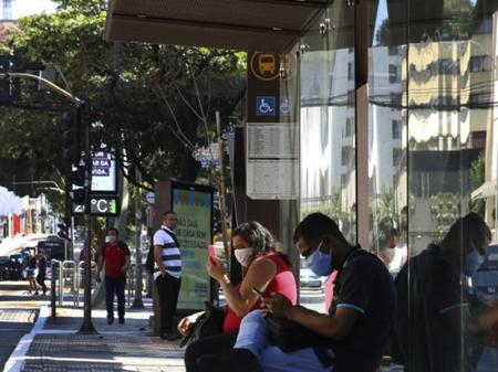 IBGE: cresce população fora da força de trabalho