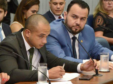 PSL expulsa deputados que instigaram atos golpistas,  atacaram STF e Congresso