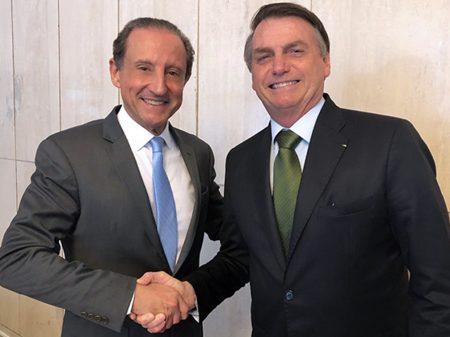 Depois de encontrar Bolsonaro dia 3, Paulo Skaf é internado com Covid-19