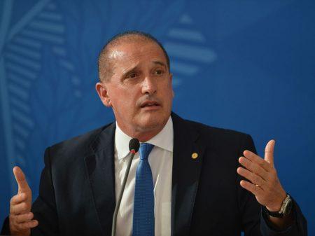 Ministro Onyx admite crime de caixa 2 e paga R$ 189 mil para encerrar investigação