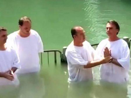 Bolsonaro exibe truculência com prisão do pastor que o batizou e afastamento de Witzel
