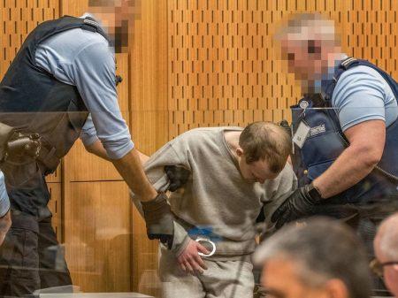 Fascista que massacrou 51 em mesquita pega prisão perpétua na Nova Zelândia