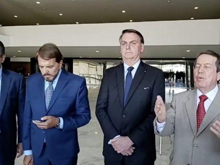 Bolsonaro prestes a sancionar PL que perdoa R$ 1 bilhão de dívidas de igrejas