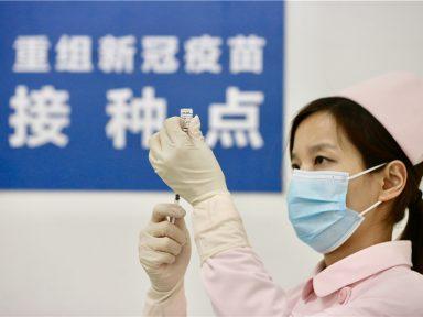 """China projeta imunização em massa contra Covid """"em novembro ou dezembro"""""""