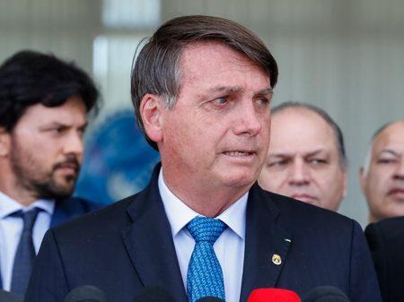 Derrotado no Congresso, Bolsonaro tenta novo assalto ao Fundeb