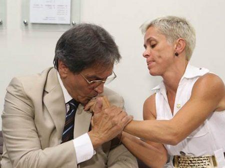 PTB de Roberto Jefferson e Cristiane Brasil vai apoiar Crivella