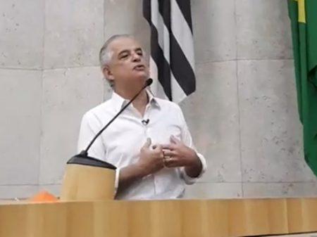 Márcio França poupa Bolsonaro, ataca Doria e é confirmado em convenção
