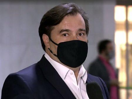 """Maia: """"Paulo Guedes proibiu a equipe econômica de conversar comigo"""""""