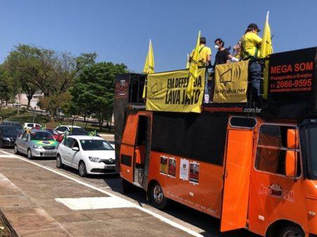 Manifestações em defesa da Lava Jato aconteceram em 15 estados