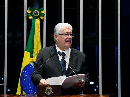 Requião: Apartes ao discurso de Lula