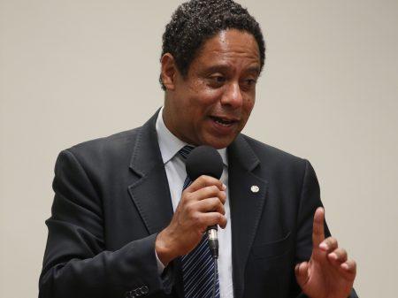 Orlando: 'discurso de Bolsonaro não tem o mínimo de compromisso com a verdade'