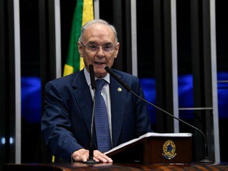 Morre de Covid-19 senador aliado de Bolsonaro e defensor da cloroquina