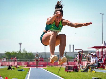 Bolsonaro veta auxílio emergencial para atletas e profissionais do esporte