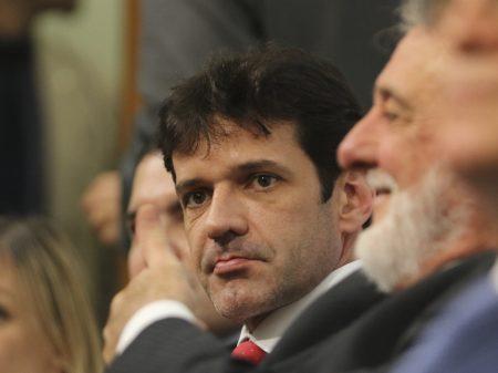 Verba de R$ 690 mil para a ex-mulher do ministro do Turismo revolta candidatos do PSL em BH