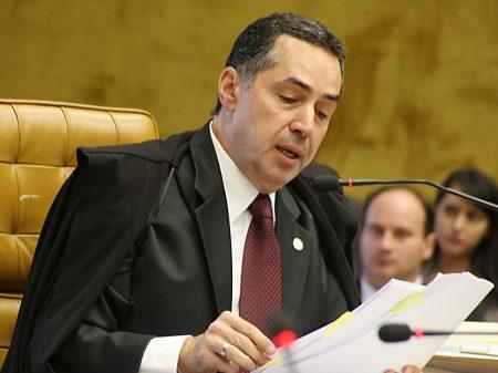 STF afasta vice-líder de Bolsonaro encontrado com dinheiro nas nádegas