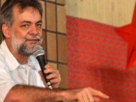 Dirigente do PT e secretário de Saneamento do Recife critica Marília Arraes