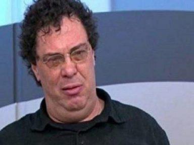 """Casagrande chora ao falar da perda do """"amigo Maradona"""""""