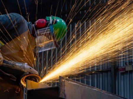 Iedi: crise intensifica desemprego na indústria