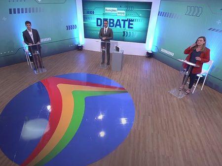 """Debate: João Campos defende crescimento do Recife; já Marília apregoa """"cortar gastos"""""""