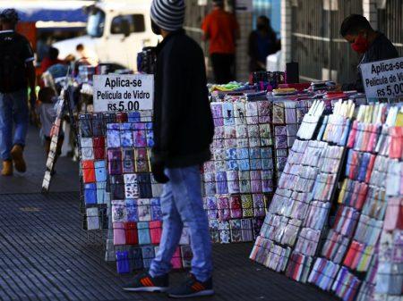 33 milhões de brasileiros não acham emprego