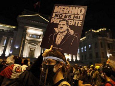 Manifestações massivas  retiram golpista Merino da presidência do Peru