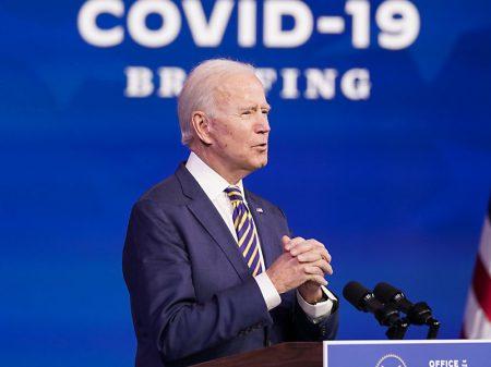 """Biden critica atraso da vacinação nos EUA: """"nesse ritmo levaria anos"""""""