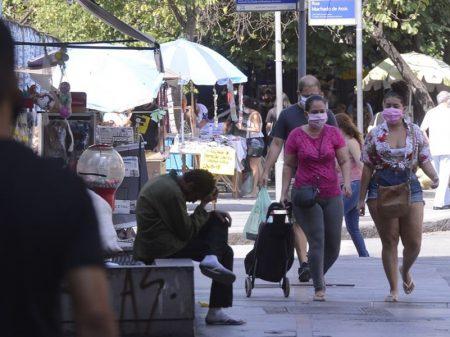 País fecha ano com desemprego recorde: 14 milhões