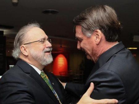 Procuradores repudiam Aras e investigam crimes de Bolsonaro na pandemia