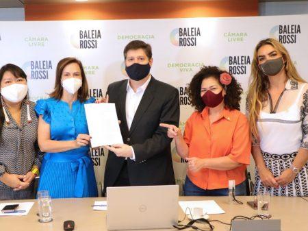 Rossi se compromete com a bancada feminina a garantir voz e direitos à mulher