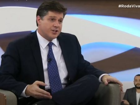 Lira foge de debate no Roda Viva em que Rossi reafirmou compromisso com a democracia e a vacina