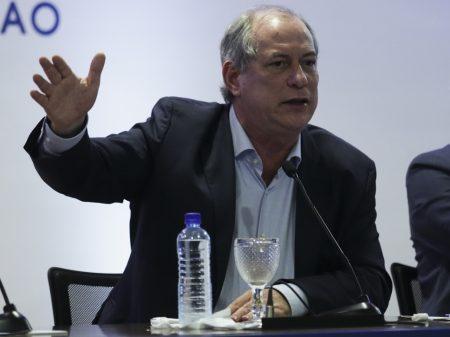 """Ciro: """"governo criminoso e despreparado faz o Brasil pagar o dobro pela vacina"""""""
