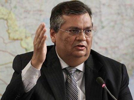 """""""Precisamos urgentemente de uma política industrial"""", diz Flávio Dino, após Ford"""