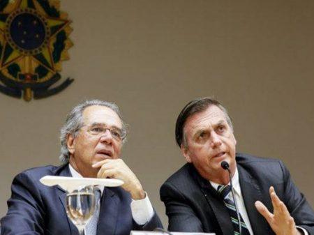 Desgoverno Bolsonaro faz  US$ 72,7 bi baterem asas