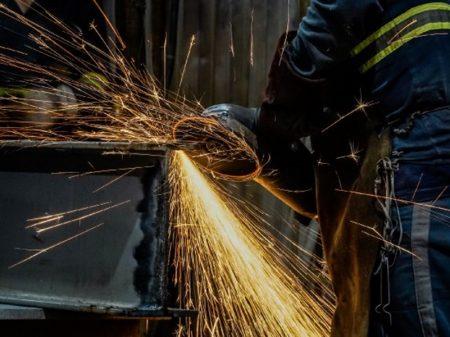 Iedi: situação do emprego industrial é dramática