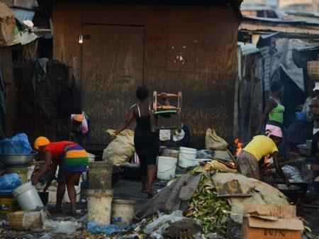 Pobreza extrema deve atingir 30 milhões