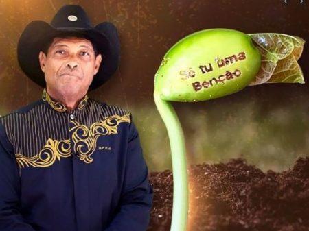 """Pastor continua vendendo """"feijões milagrosos"""" contra Covid e o governo federal se cala"""
