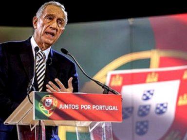 Rebelo derrota candidato salazarista e é reeleito presidente de Portugal