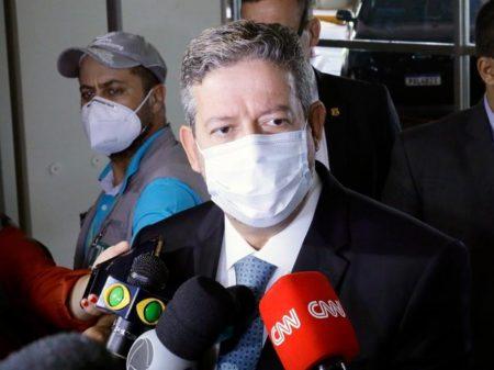 Lira reclama que Maia não aprovou mais desmontes de Bolsonaro e priorizou pandemia