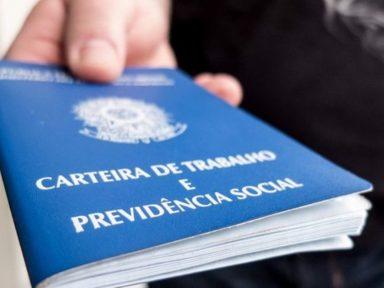 Aumento do trabalho digital ameaça direitos trabalhistas, alerta OIT