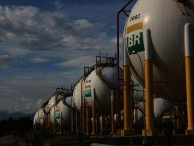 União fica com apenas R$ 2,9 bi dos R$ 10,3 bi de dividendos da Petrobrás