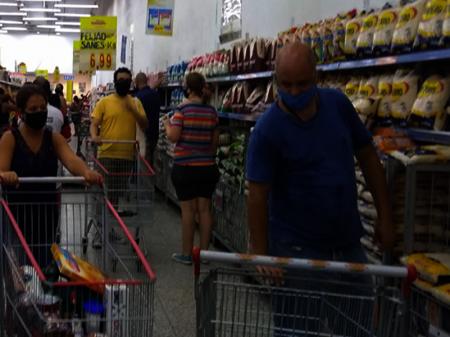 Fim da renda emergencial vai derrubar vendas em 11,7%, alerta Fecomercio-SP