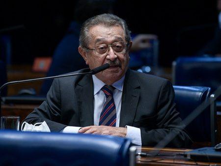 Covid-19 tira a vida de mais um senador: José Maranhão