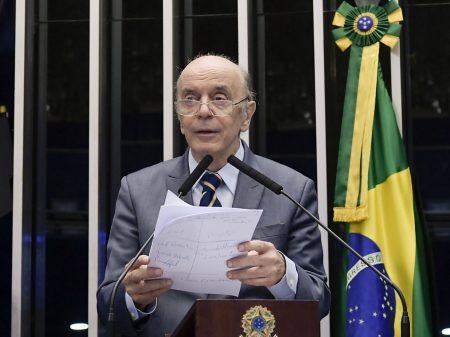Serra apresenta emenda contra retirada de recursos constitucionais da saúde e  educação