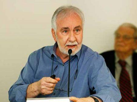 Bernardini: desindustrialização precarizou emprego