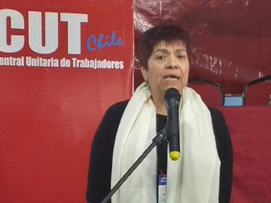 """""""Chile vai às urnas para abolir Constituição de Pinochet"""", diz líder sindical chilena"""