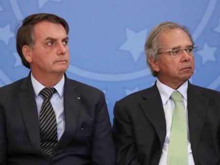 Bolsonaro aumenta juros em quase 40%