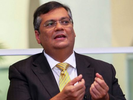 Alta do juro vai promover mais estagnação e inflação, afirma Flávio Dino